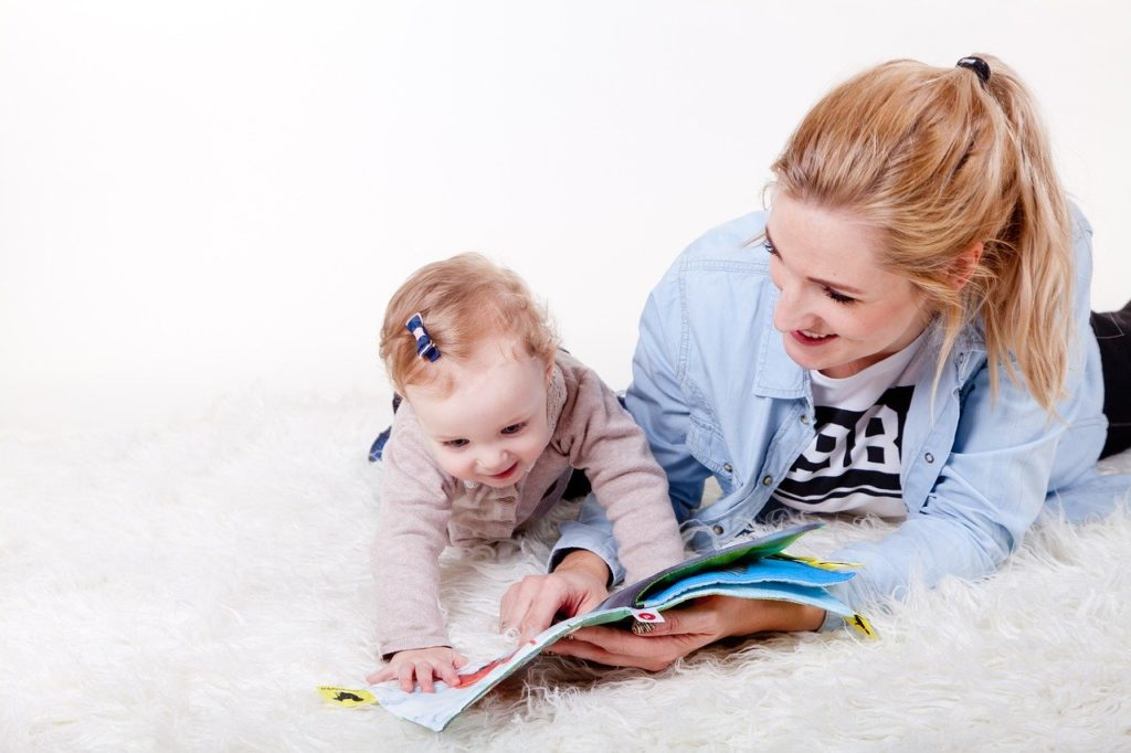 aupair babysitting kids