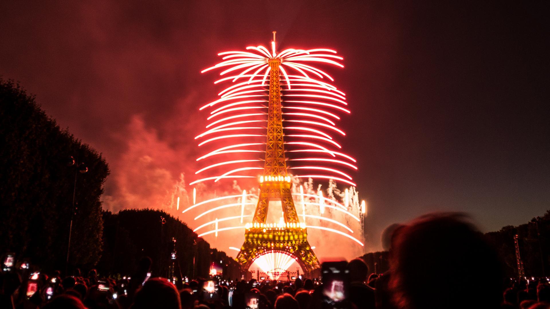 Bastille Day Or F 234 Te Du 14 Juillet