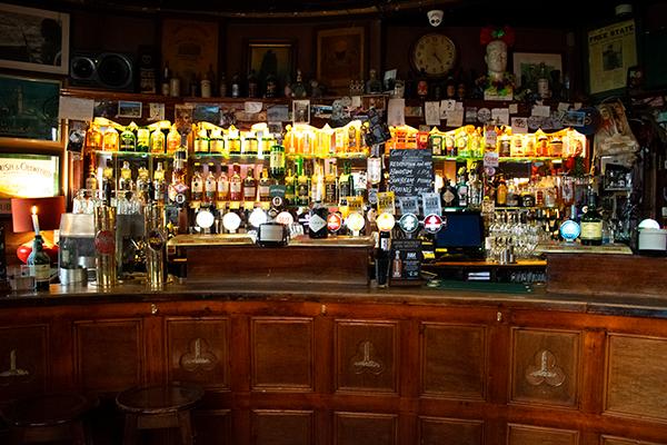 Cork the oval bar